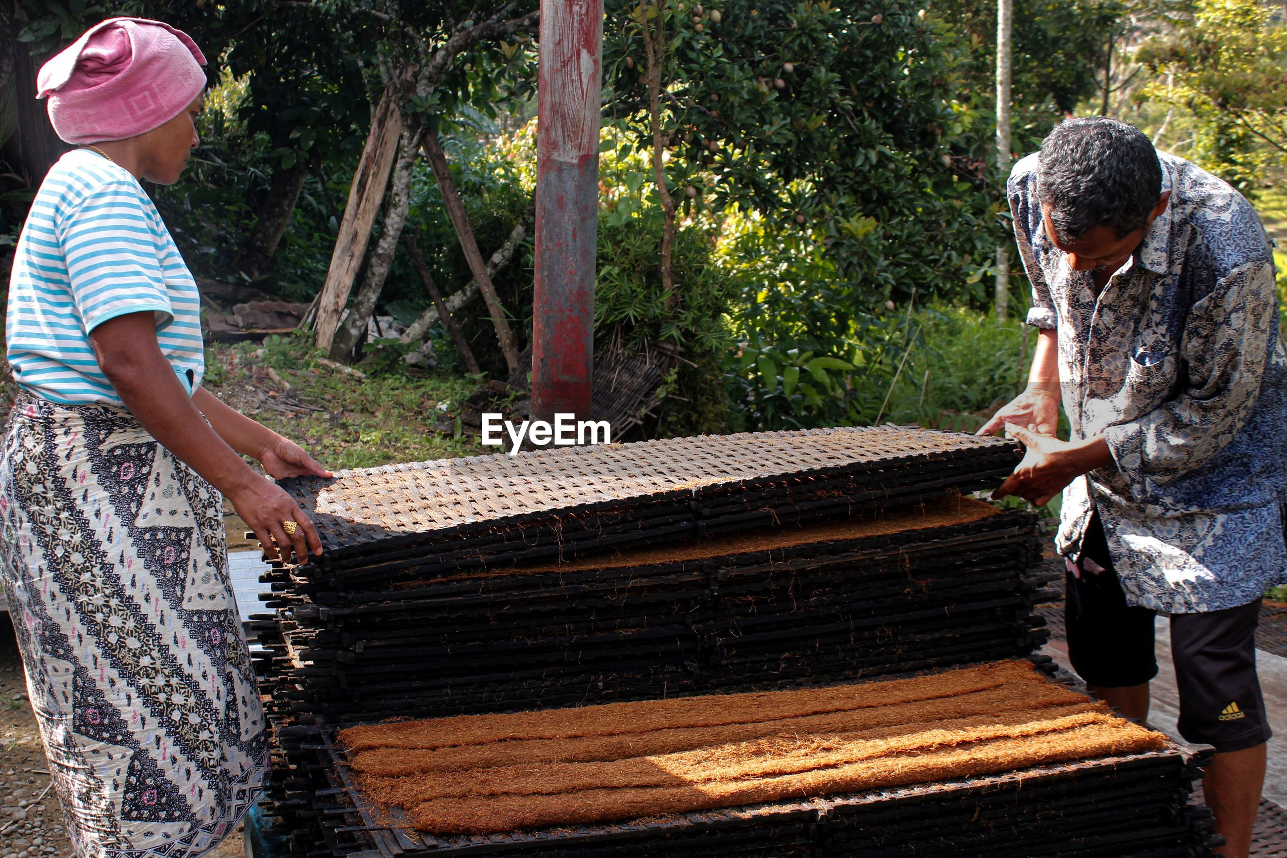 The process of making tobacco manually