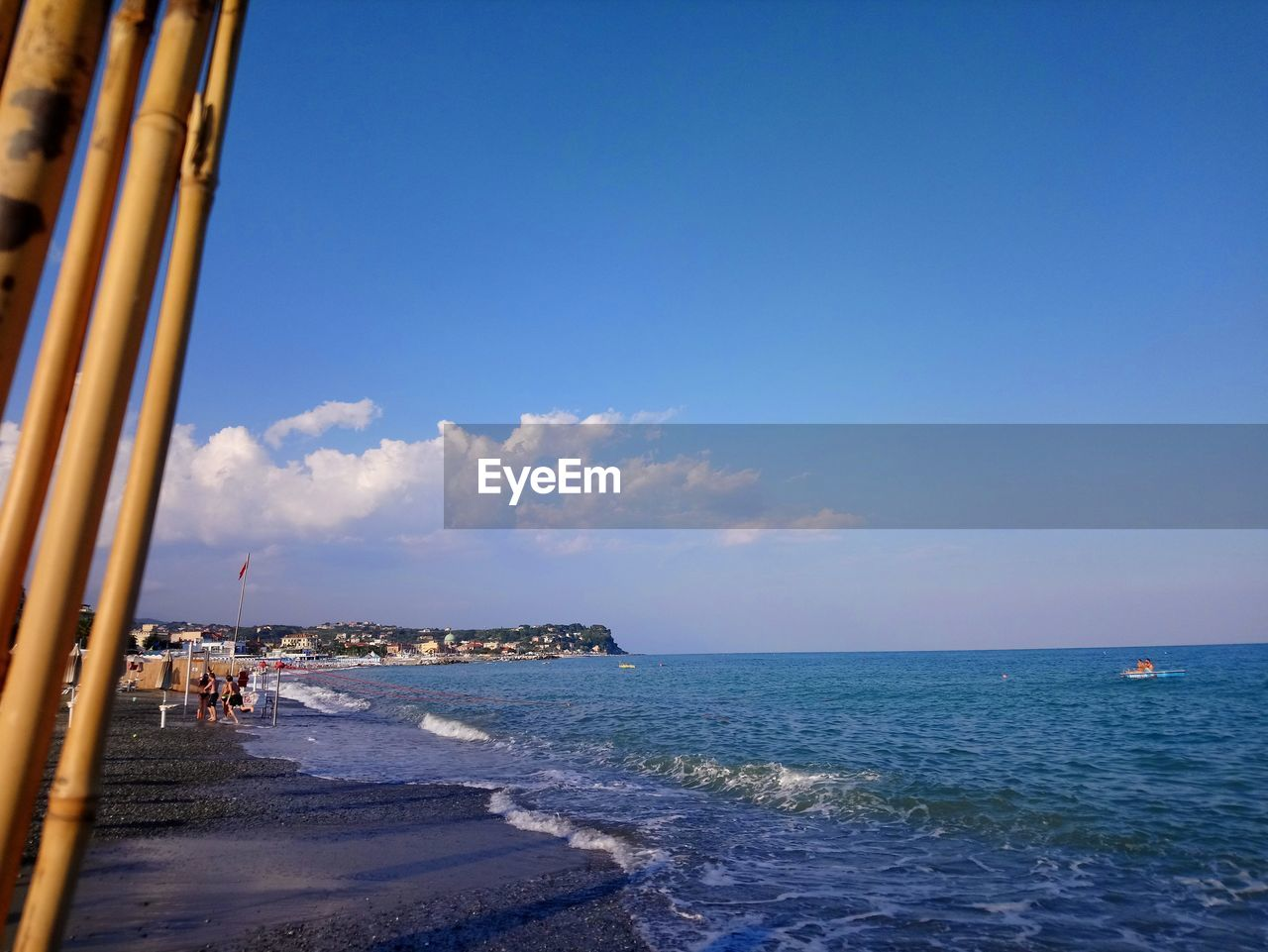 sea, sky, water, beach, horizon, land, horizon over water, scenics - nature, nature, beauty in nature, blue, motion, architecture, day, wave, travel, copy space, built structure, holiday, outdoors