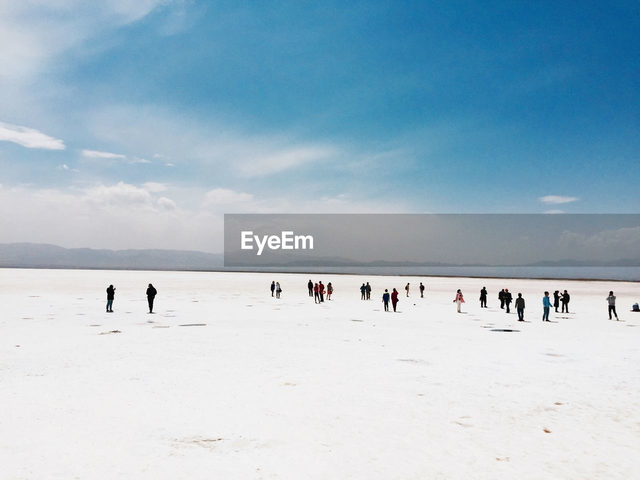 large group of people, beach, nature, sky, real people, leisure activity, cloud - sky, scenics, enjoyment, beauty in nature, outdoors, lifestyles, day, vacations, sand, men, water, people, adult