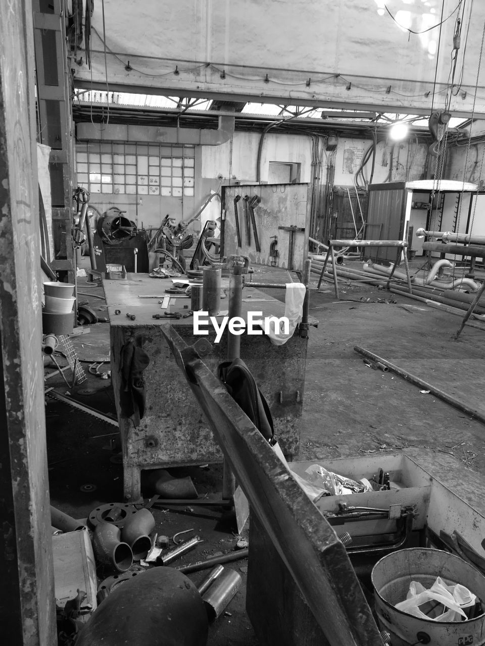 workshop, indoors, abandoned, work tool, hand tool, industry, no people, factory, day, repair shop