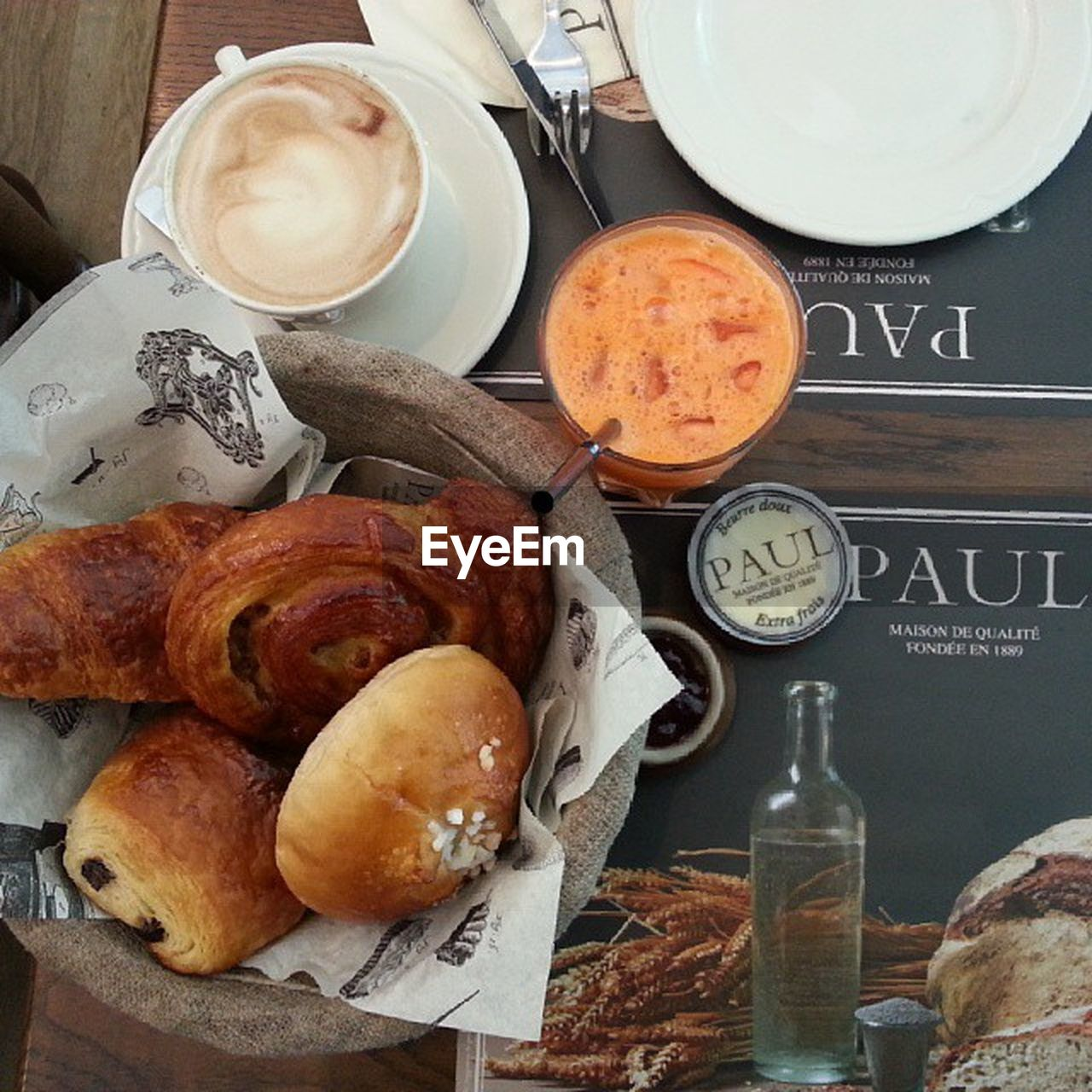 food and drink, table, indoors, plate, bottle, food, breakfast, no people, drink, freshness, croissant, ready-to-eat, day, close-up