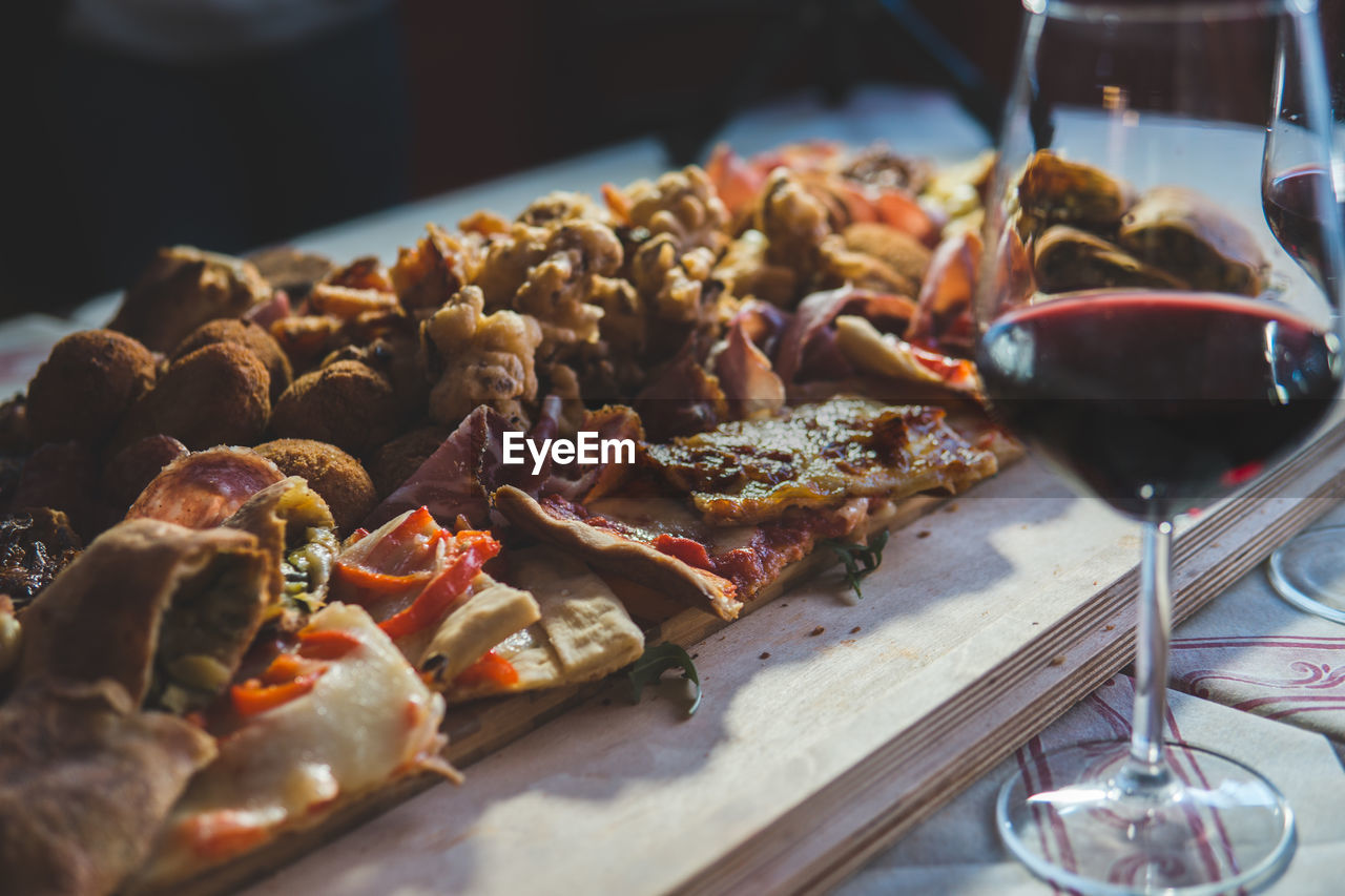 food and drink, food, freshness, still life, ready-to-eat, selective focus, close-up, indoors, serving size, healthy eating, wellbeing, meat, no people, plate, meal, table, preparing food, tray, preparation, seafood, dinner, temptation