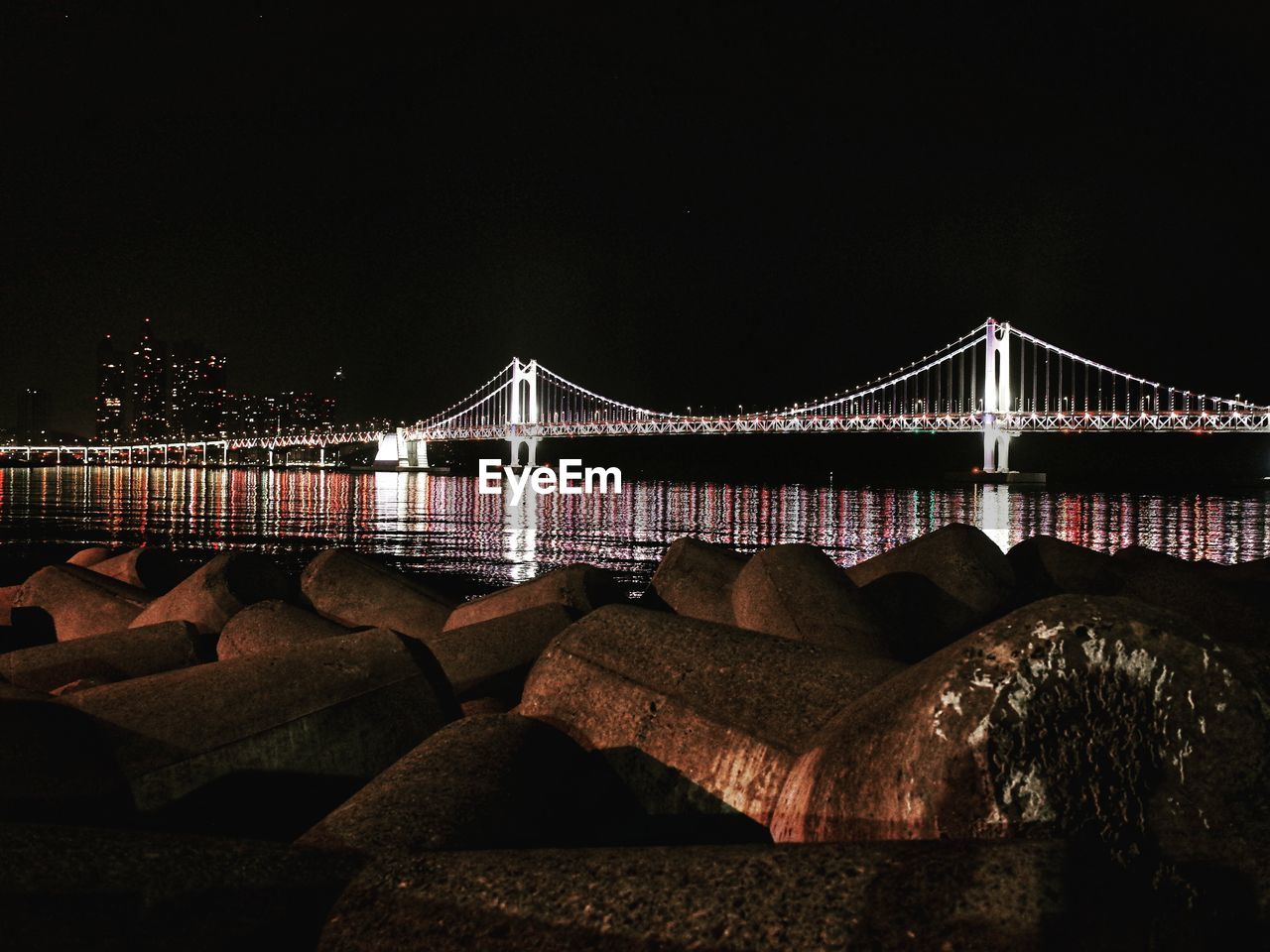 bridge, connection, bridge - man made structure, architecture, built structure, water, sky, night, transportation, nature, engineering, suspension bridge, river, copy space, travel destinations, clear sky, illuminated, tourism, outdoors, bay, long