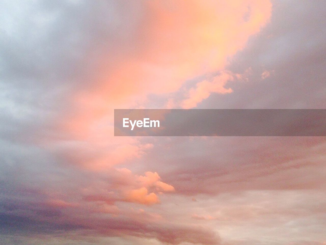 cloud - sky, beauty in nature, sky, sunset, nature, dramatic sky, cloudscape, sky only, atmospheric mood, scenics, majestic, backgrounds, low angle view, tranquility, tranquil scene, no people, weather, awe, outdoors, idyllic, full frame, abstract, ethereal, multi colored, storm cloud, day