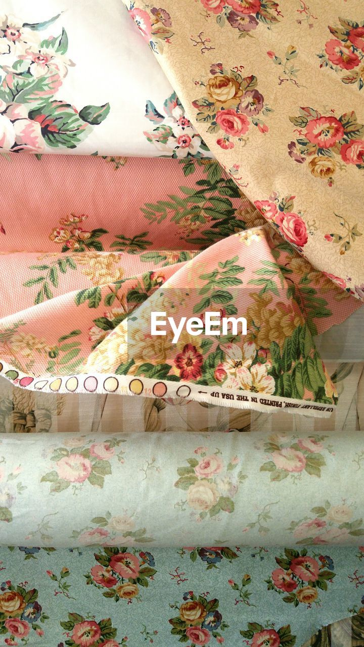Full Frame Shot Of Floral Fabric