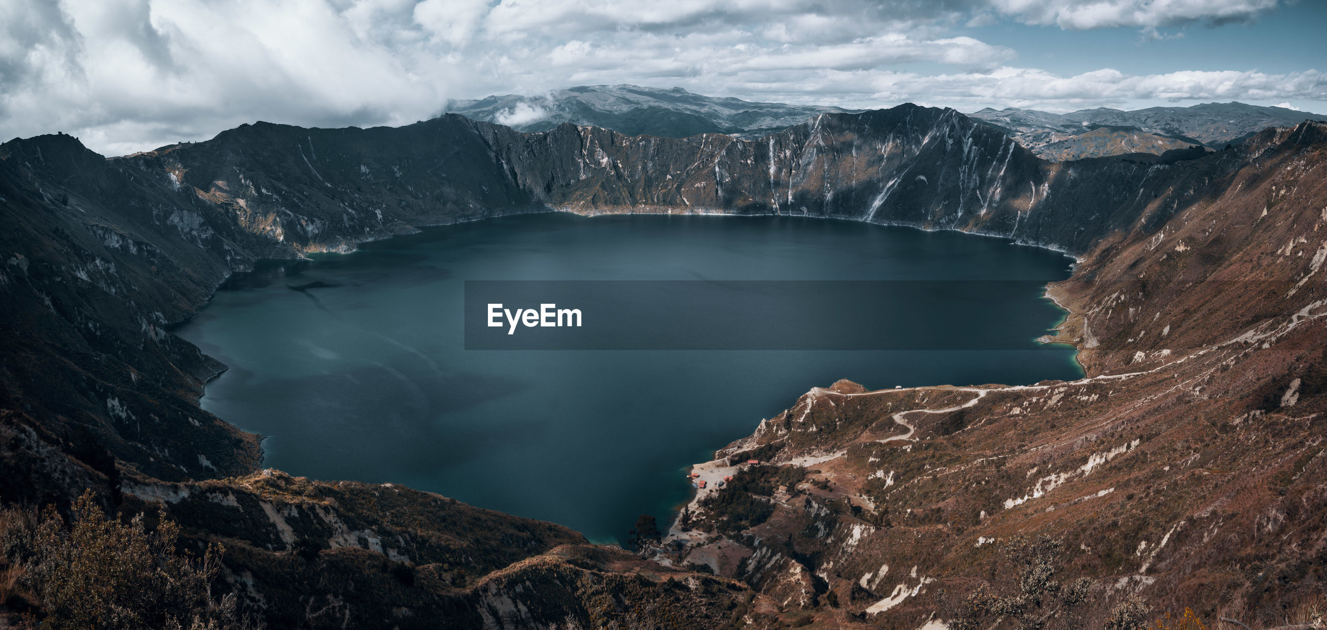 A walk around the crater lake. Travel Destinations Quilotoa Mountain Range Explore Discover  South America Latin America Adventure Backpacking Idyllic Tranquil Scene Landscape Non-urban Scene No People Remote Day Outdoors Panorama Moody Beach Water Crater Volcanic Landscape Turquoise Colored High Angle View The Great Outdoors - 2019 EyeEm Awards