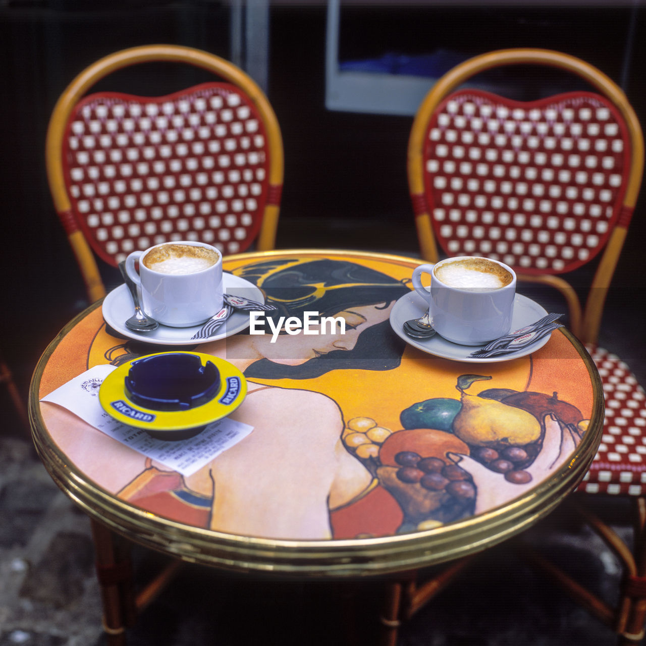 table, cup, coffee cup, refreshment, food and drink, drink, coffee - drink, saucer, indoors, no people, plate, close-up, freshness, food, day