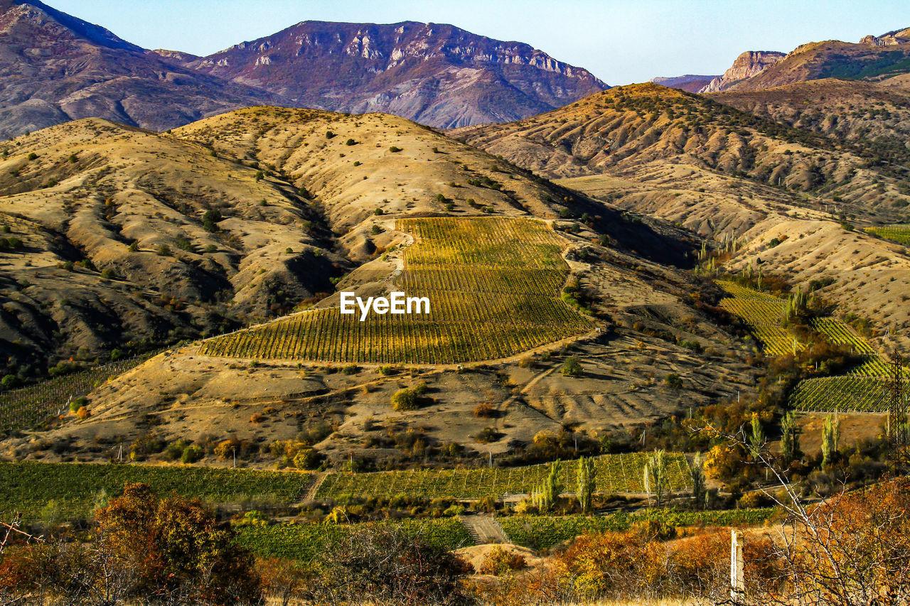 mountain, landscape, tranquil scene, scenics, nature, tranquility, beauty in nature, mountain range, day, no people, outdoors, sky