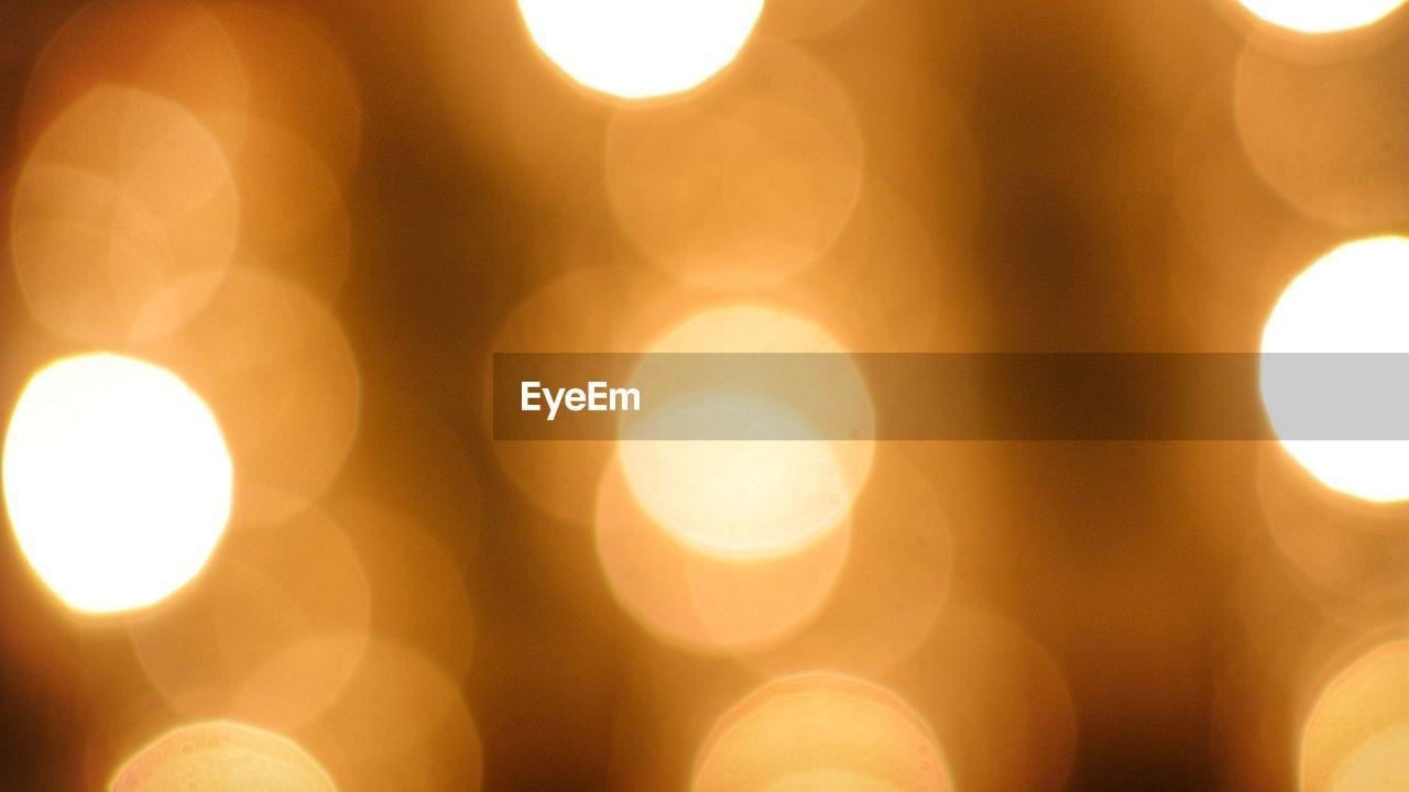 lens flare, sun, illuminated, glowing, lighting equipment, sunbeam, sunlight, no people, light effect, outdoors, close-up, heat - temperature, sky
