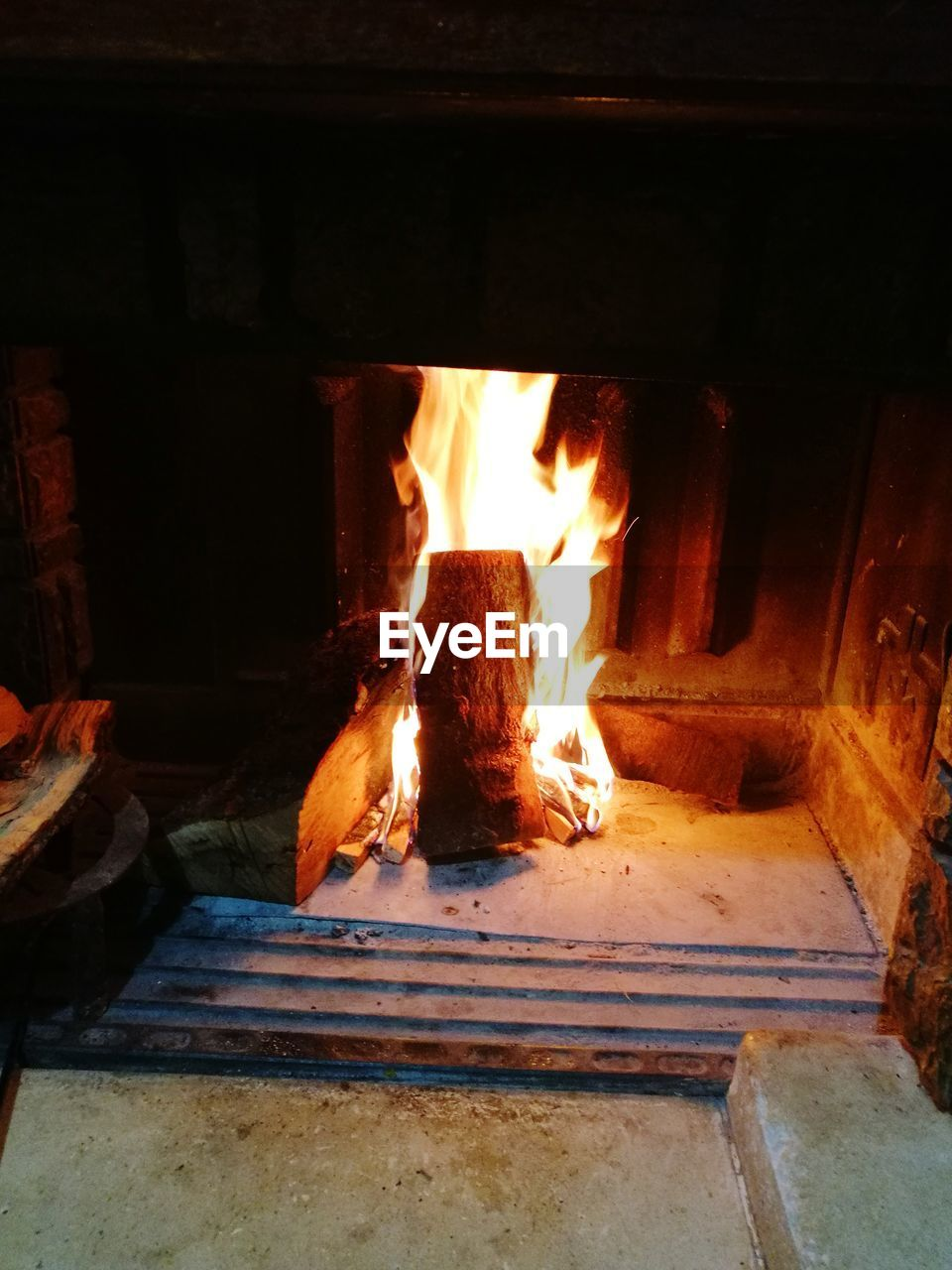 flame, burning, heat - temperature, fireplace, no people, wood - material, indoors, night, fire pit, bonfire, close-up