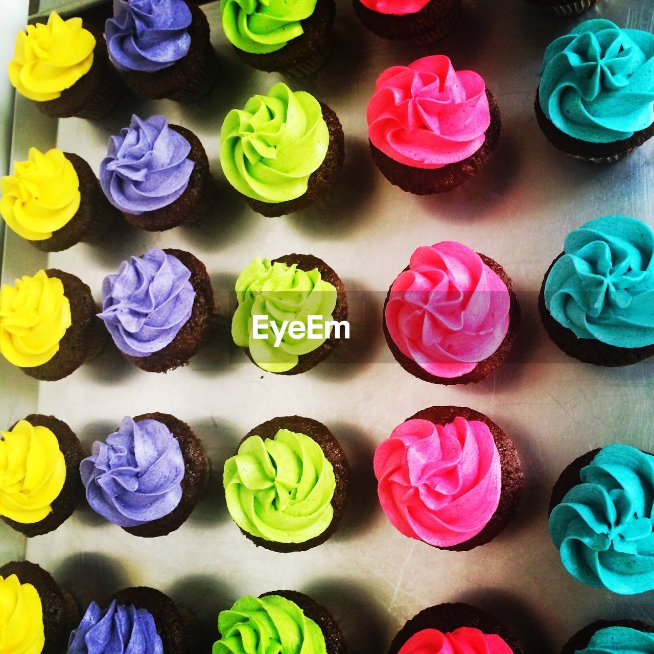 multi colored, variation, colorful, in a row, no people, sweet food, indulgence, choice, backgrounds, full frame, indoors, temptation, day, close-up, freshness