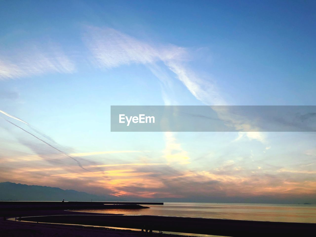 sky, cloud - sky, scenics, sunset, nature, beauty in nature, water, tranquility, sea, no people, tranquil scene, outdoors, blue, horizon over water, day