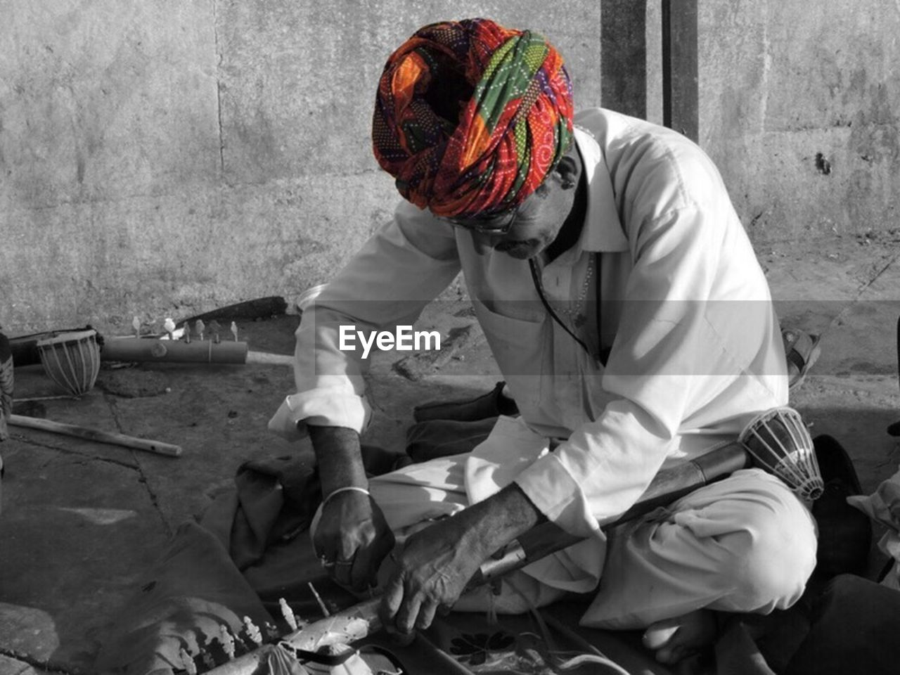 one person, sitting, turban, real people, adult, outdoors, one man only, day, people, adults only