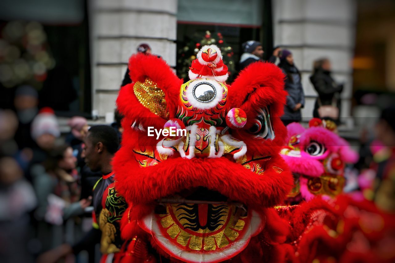 chinese dragon, chinese new year, dragon, cultures, art and craft, celebration, traditional festival, focus on foreground, red, day, men, large group of people, statue, outdoors
