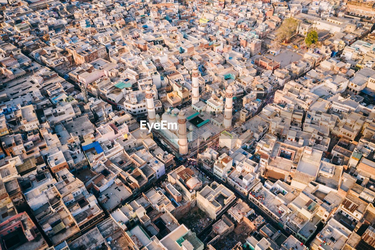 architecture, building exterior, city, cityscape, aerial view, built structure, building, crowded, residential district, high angle view, crowd, day, full frame, backgrounds, roof, community, outdoors, nature, house, skyscraper