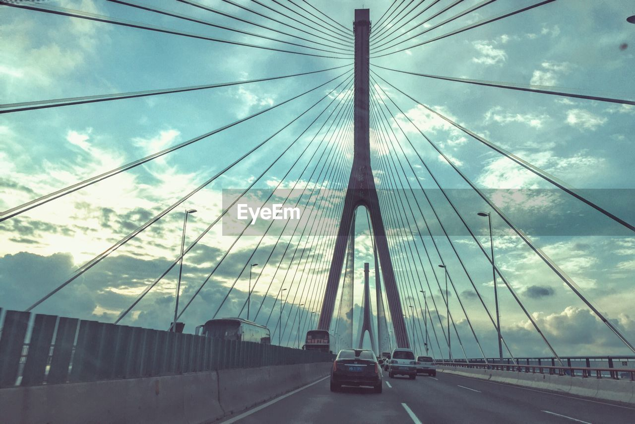engineering connections earthquake bridge - HD1280×854