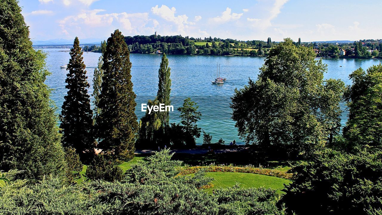 Scenic view of bodensee seen from mainau island