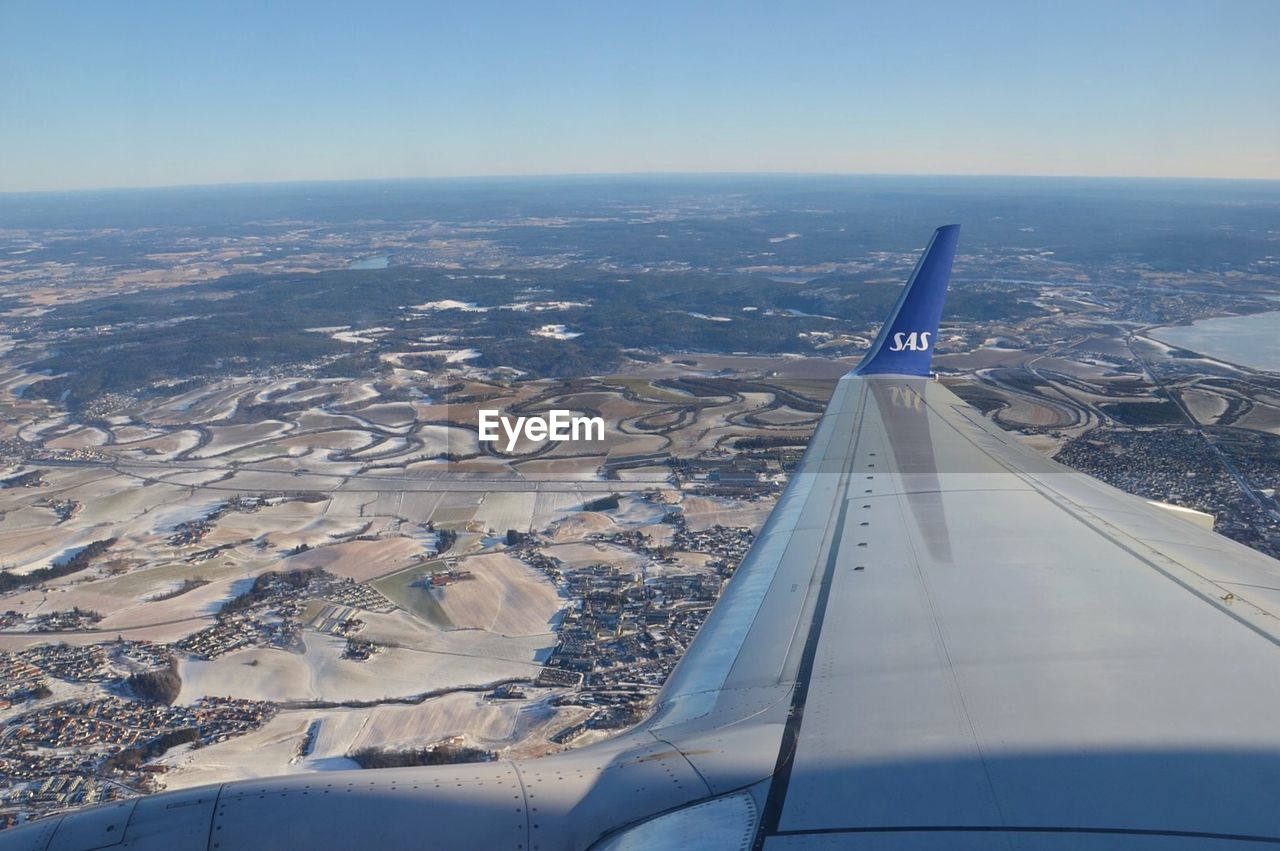 AERIAL VIEW OF LANDSCAPE AGAINST SKY