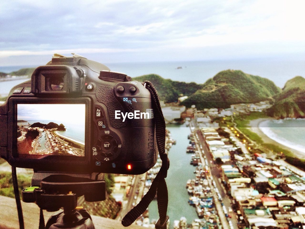 photography themes, camera - photographic equipment, technology, sky, photographing, no people, sea, outdoors, coin-operated binoculars, day, close-up, digital single-lens reflex camera, nature