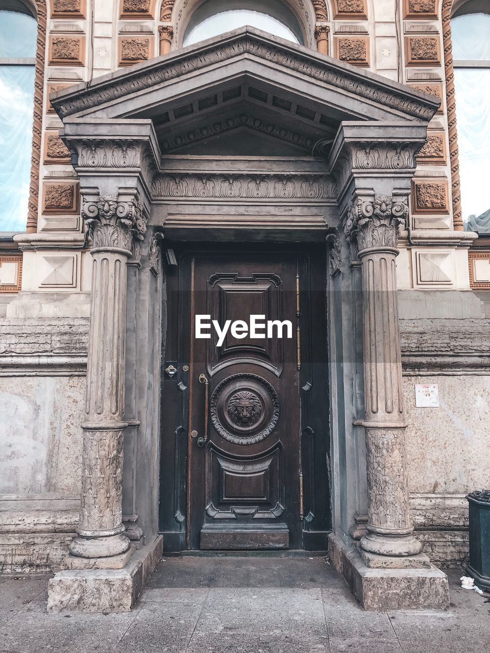 architecture, built structure, building exterior, building, day, art and craft, history, the past, no people, craft, entrance, city, carving - craft product, outdoors, architectural column, door, ornate, residential district, design, facade