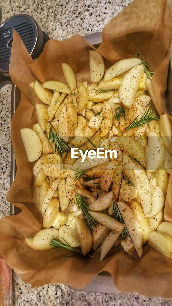 food and drink, food, healthy eating, indoors, freshness, bread, close-up, ready-to-eat, real people, one person, human hand, day