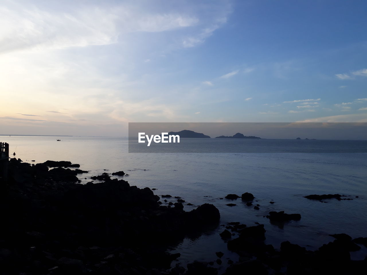 sky, water, scenics - nature, sea, tranquil scene, beauty in nature, tranquility, cloud - sky, sunset, land, idyllic, nature, horizon over water, beach, no people, horizon, non-urban scene, rock, outdoors