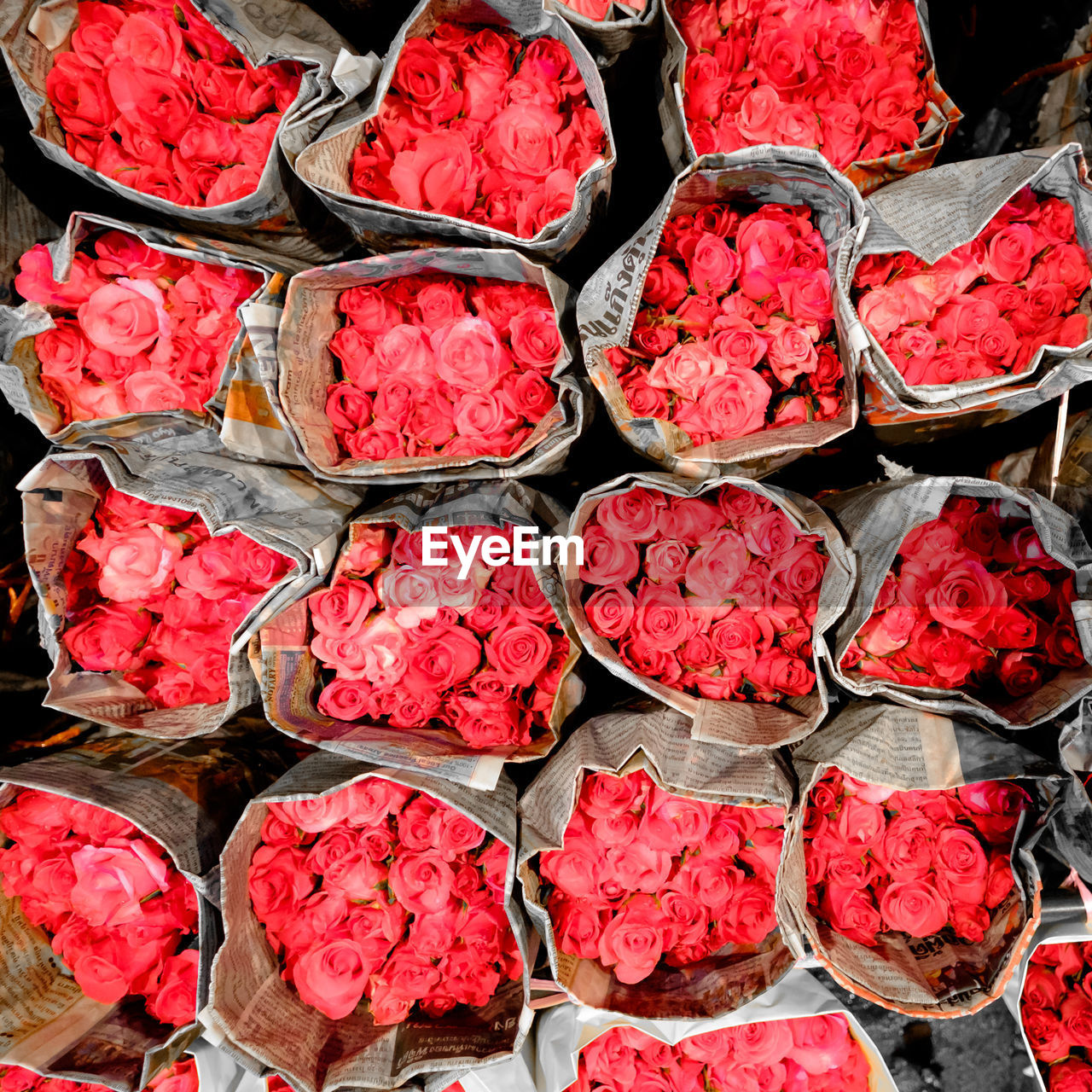 red, freshness, food and drink, full frame, retail, for sale, food, high angle view, no people, market, flower, backgrounds, abundance, arrangement, flowering plant, directly above, plant, rose, beauty in nature, still life, retail display, flower market