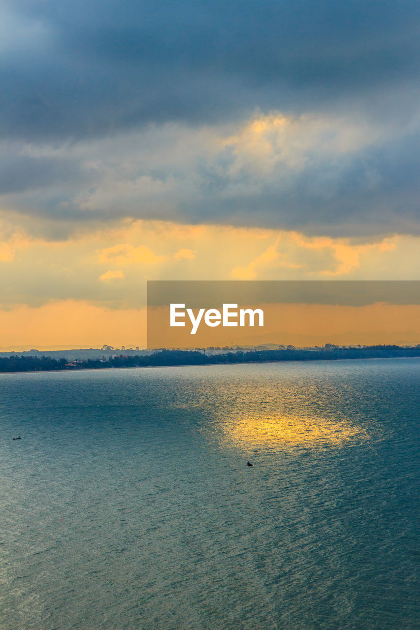 sky, scenics - nature, water, beauty in nature, cloud - sky, sunset, tranquility, tranquil scene, sea, waterfront, idyllic, horizon, no people, nature, horizon over water, non-urban scene, land, outdoors, orange color
