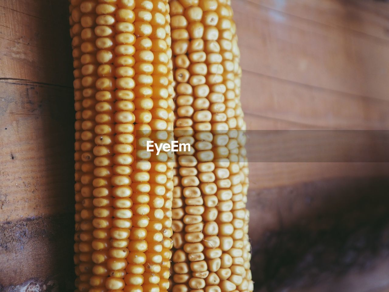food and drink, food, corn, vegetable, yellow, close-up, wellbeing, healthy eating, no people, freshness, focus on foreground, agriculture, sweetcorn, indoors, corn on the cob, corn - crop, day, raw food, crop