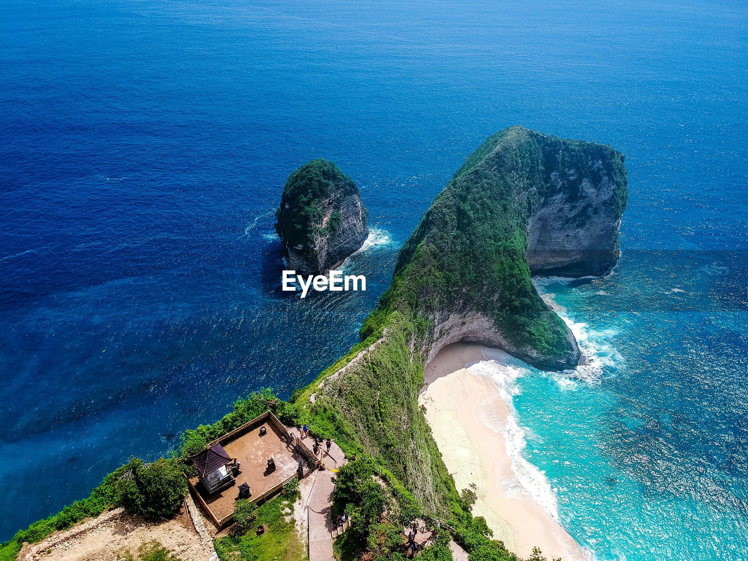 HIGH ANGLE VIEW OF BEACH AND ISLAND