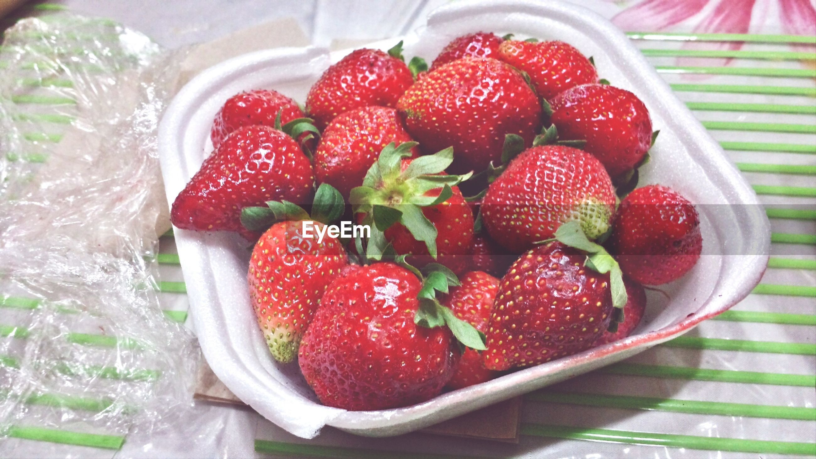food and drink, food, fruit, freshness, healthy eating, strawberry, red, indoors, berry fruit, raspberry, still life, bowl, high angle view, ripe, table, close-up, berry, juicy, organic, plate