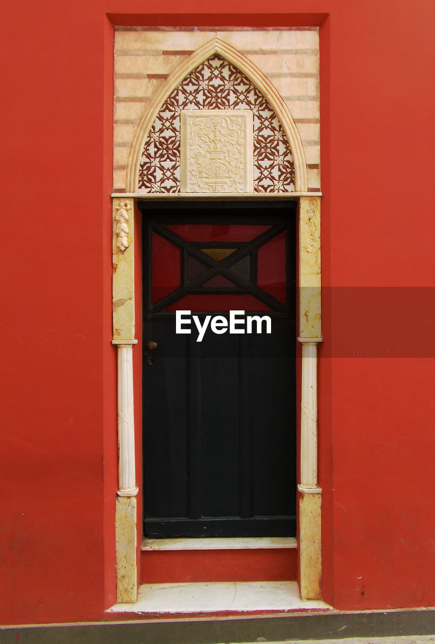 door, red, built structure, architecture, no people, day, outdoors, building exterior, close-up