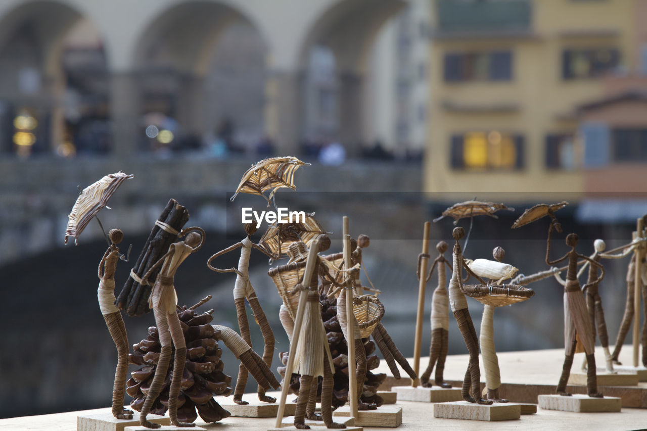 human representation, focus on foreground, no people, built structure, statue, day, sculpture, architecture, outdoors, close-up, building exterior
