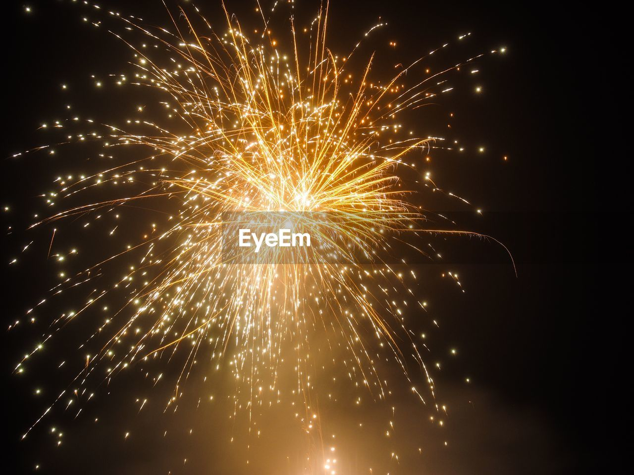 celebration, motion, illuminated, night, firework, arts culture and entertainment, glowing, event, long exposure, firework display, exploding, low angle view, no people, nature, sky, firework - man made object, light, blurred motion, burning, outdoors, sparks, sparkler