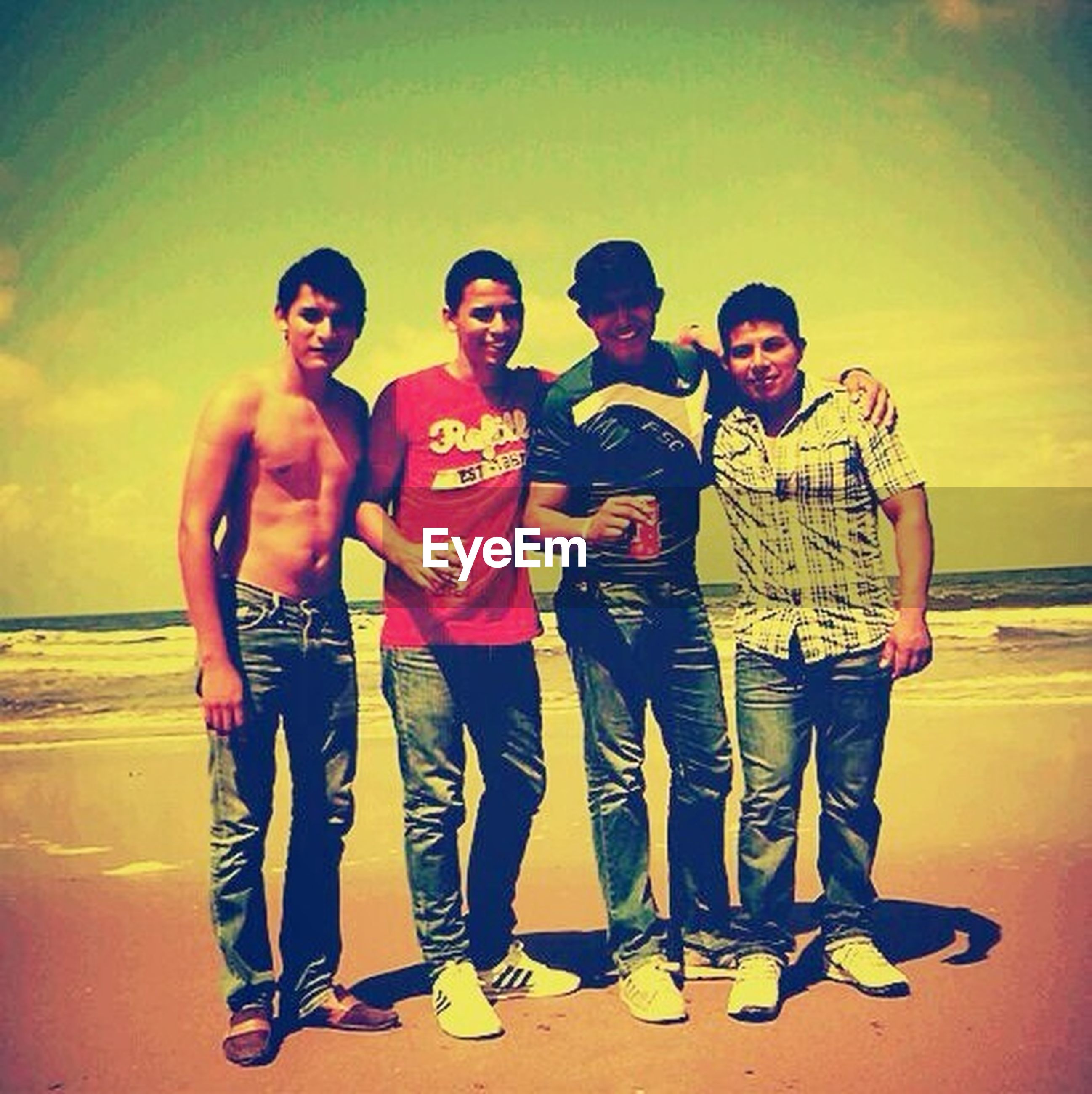 togetherness, lifestyles, bonding, casual clothing, person, love, leisure activity, friendship, standing, happiness, young men, young adult, three quarter length, full length, smiling, front view, boys, family