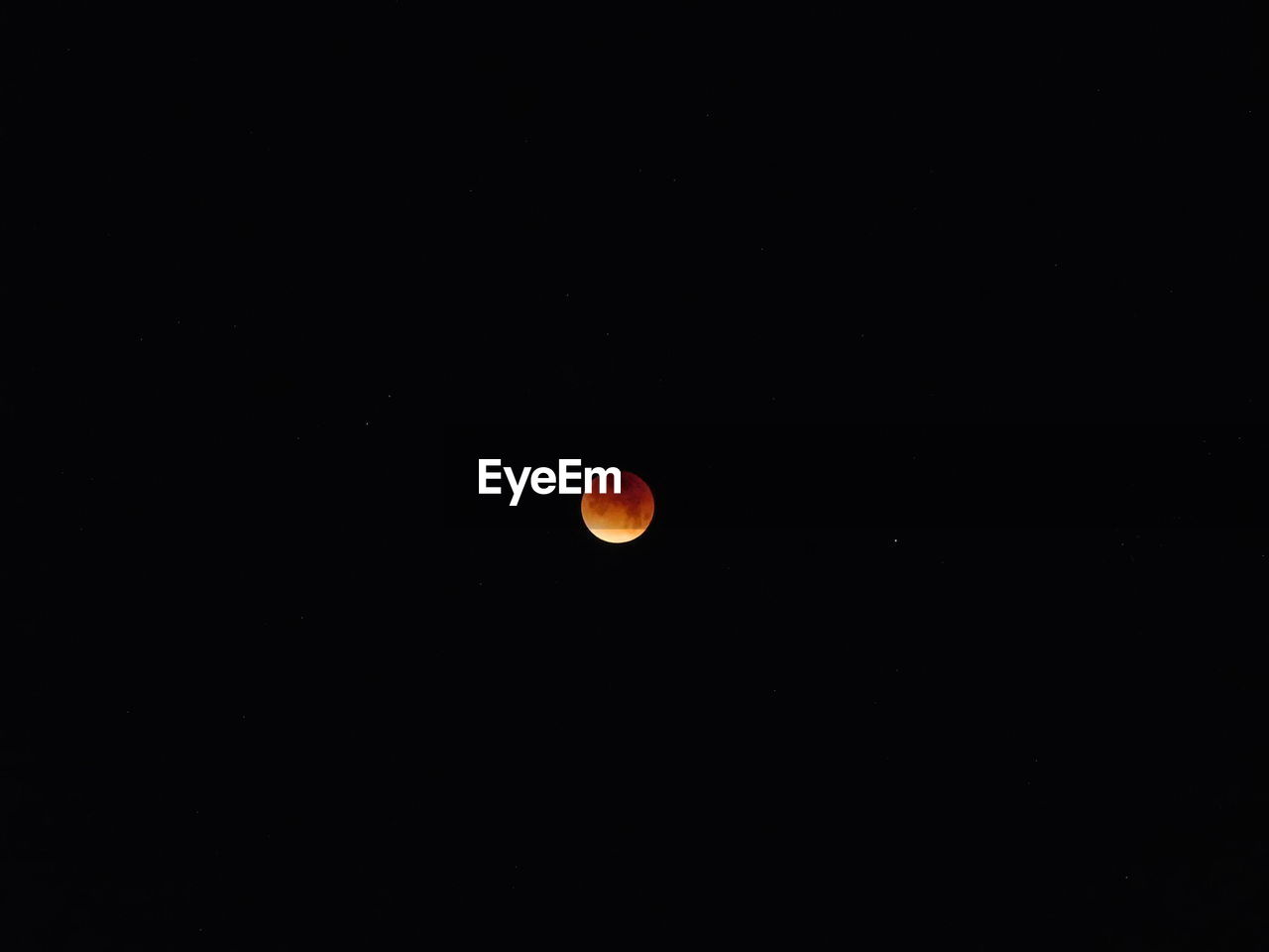 moon, eclipse, astronomy, copy space, beauty in nature, nature, moon surface, scenics, night, tranquil scene, planetary moon, no people, tranquility, outdoors, clear sky, space exploration, space, half moon, crescent, sky