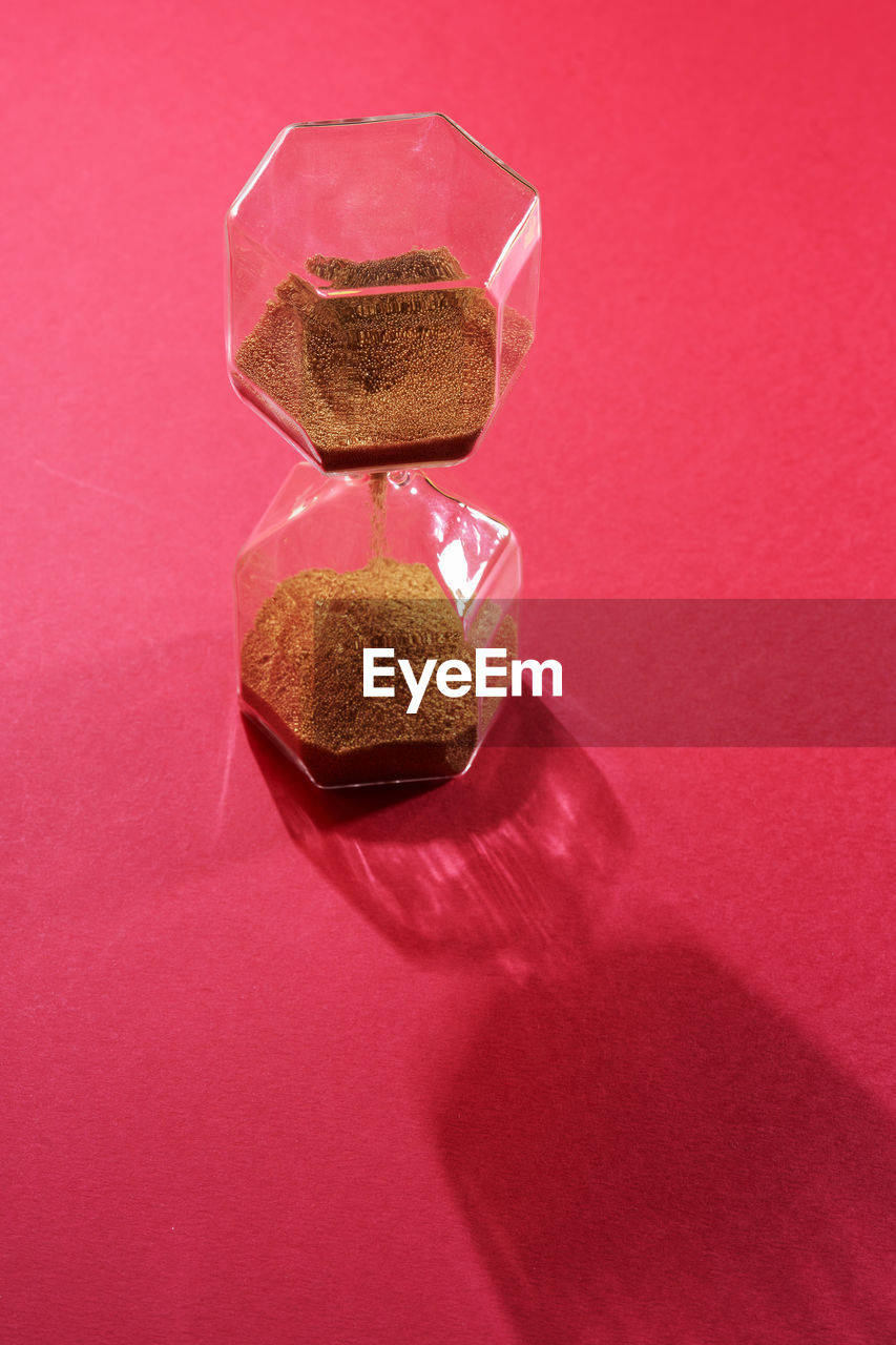 HIGH ANGLE VIEW OF CHOCOLATE ON TABLE