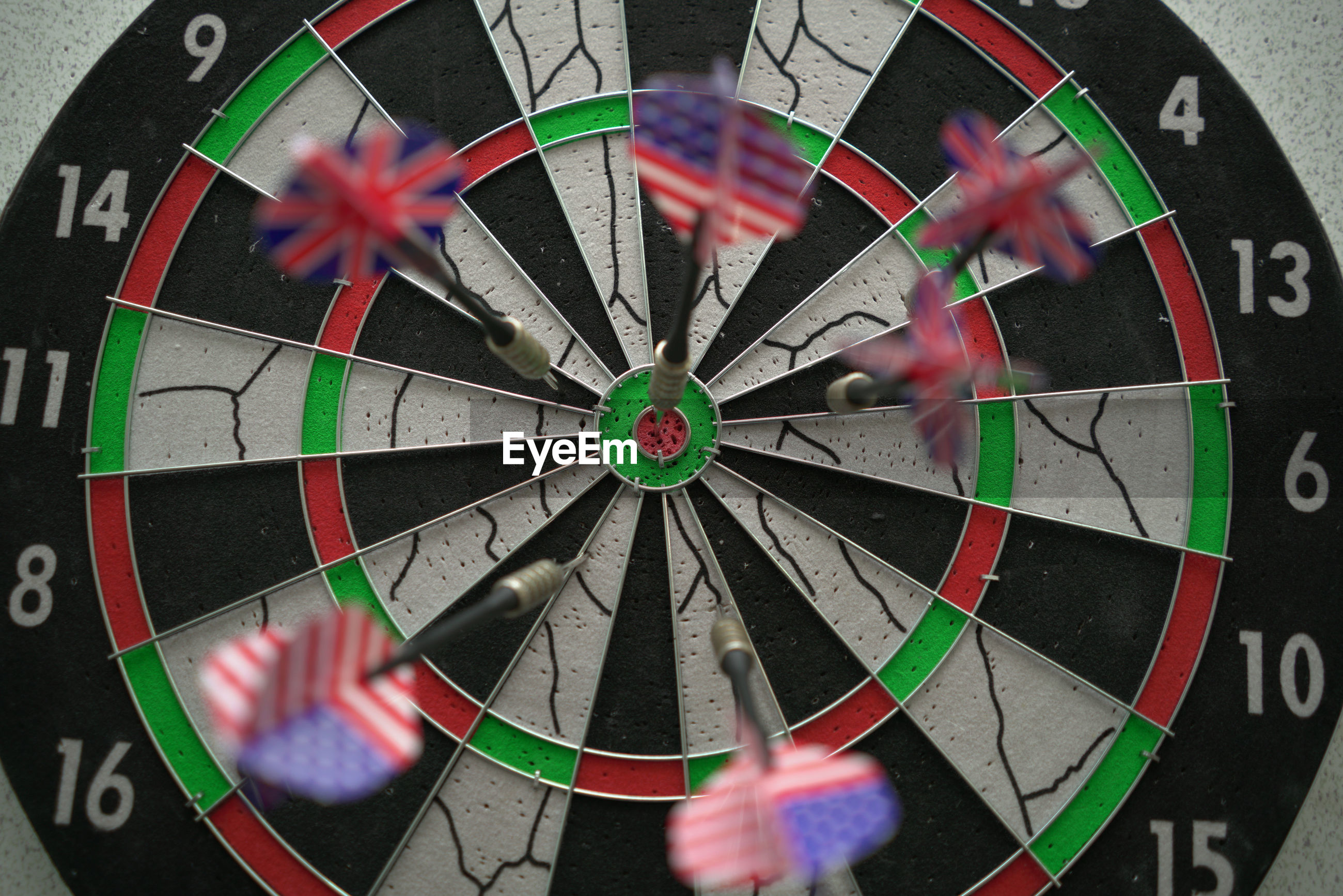 Blurred motion of darts on target