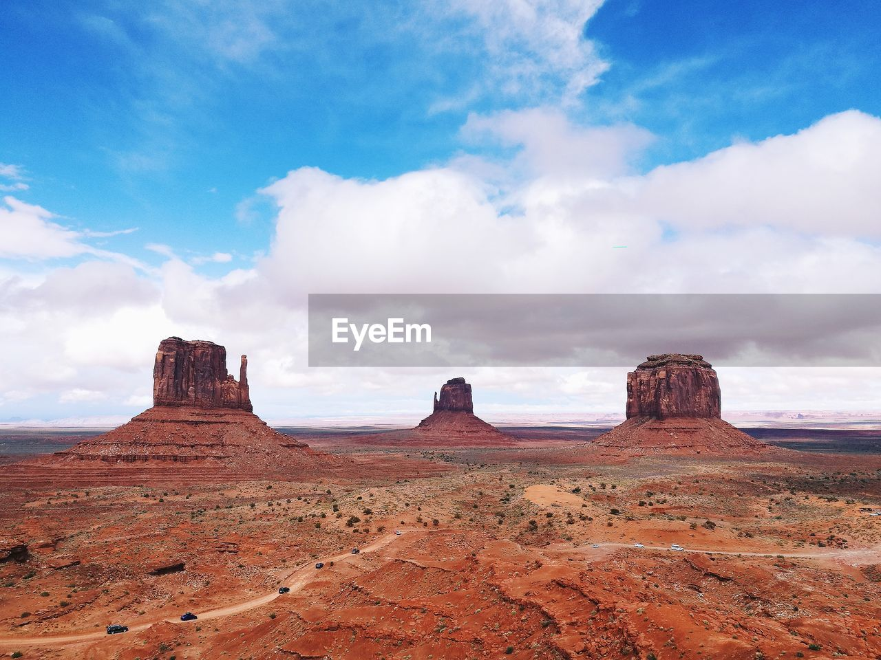 Signature viewpoint at monument valley