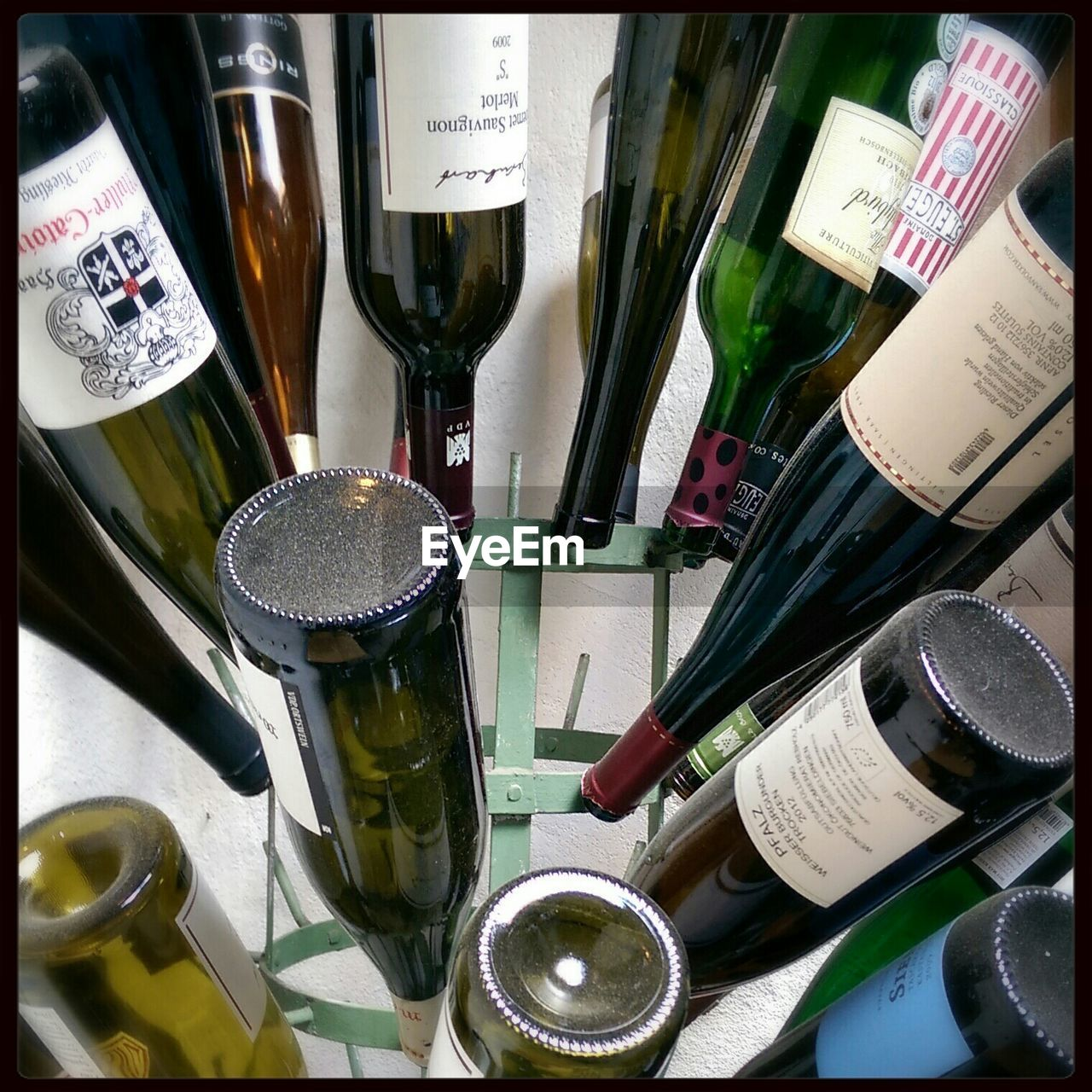 bottle, drink, variation, alcohol, indoors, no people, refreshment, large group of objects, choice, food and drink, text, jar, close-up, day, freshness