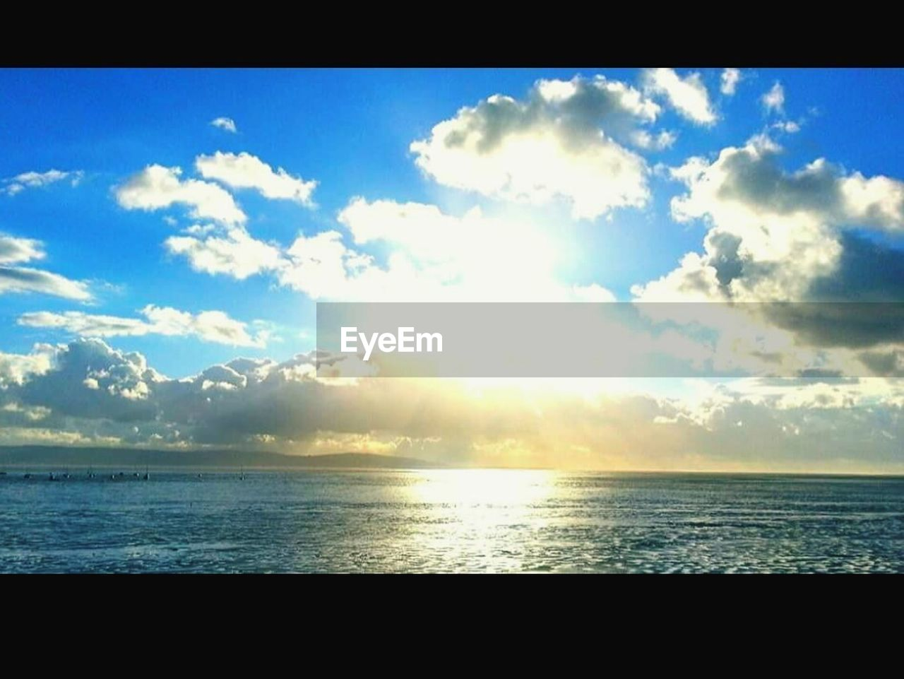 sea, sky, scenics, beauty in nature, tranquil scene, tranquility, nature, horizon over water, cloud - sky, sunlight, no people, beach, outdoors, water, day