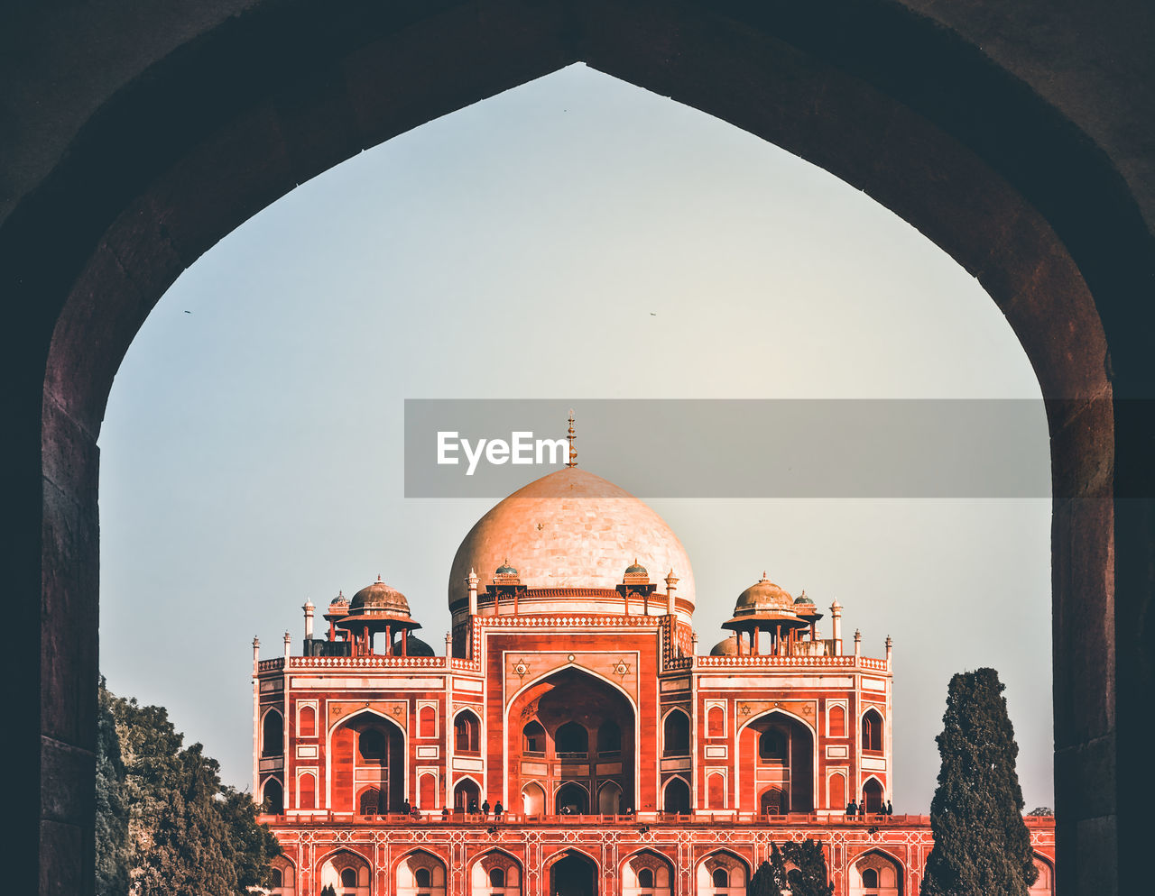 arch, architecture, built structure, building exterior, dome, the past, history, tourism, travel destinations, travel, nature, sky, religion, ancient, day, clear sky, no people, city, outdoors