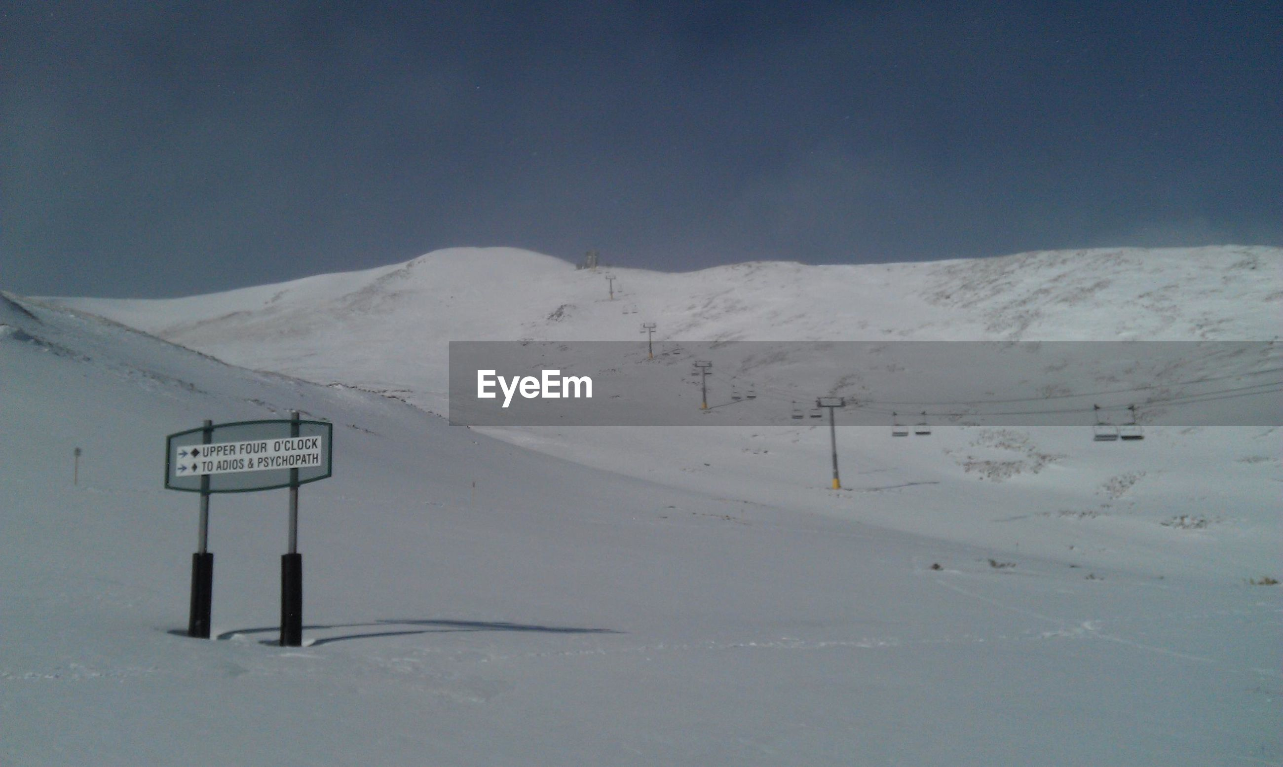 snow, winter, cold temperature, season, weather, mountain, tranquil scene, covering, tranquility, scenics, landscape, snowcapped mountain, beauty in nature, nature, mountain range, white color, snow covered, frozen, non-urban scene, snowcapped