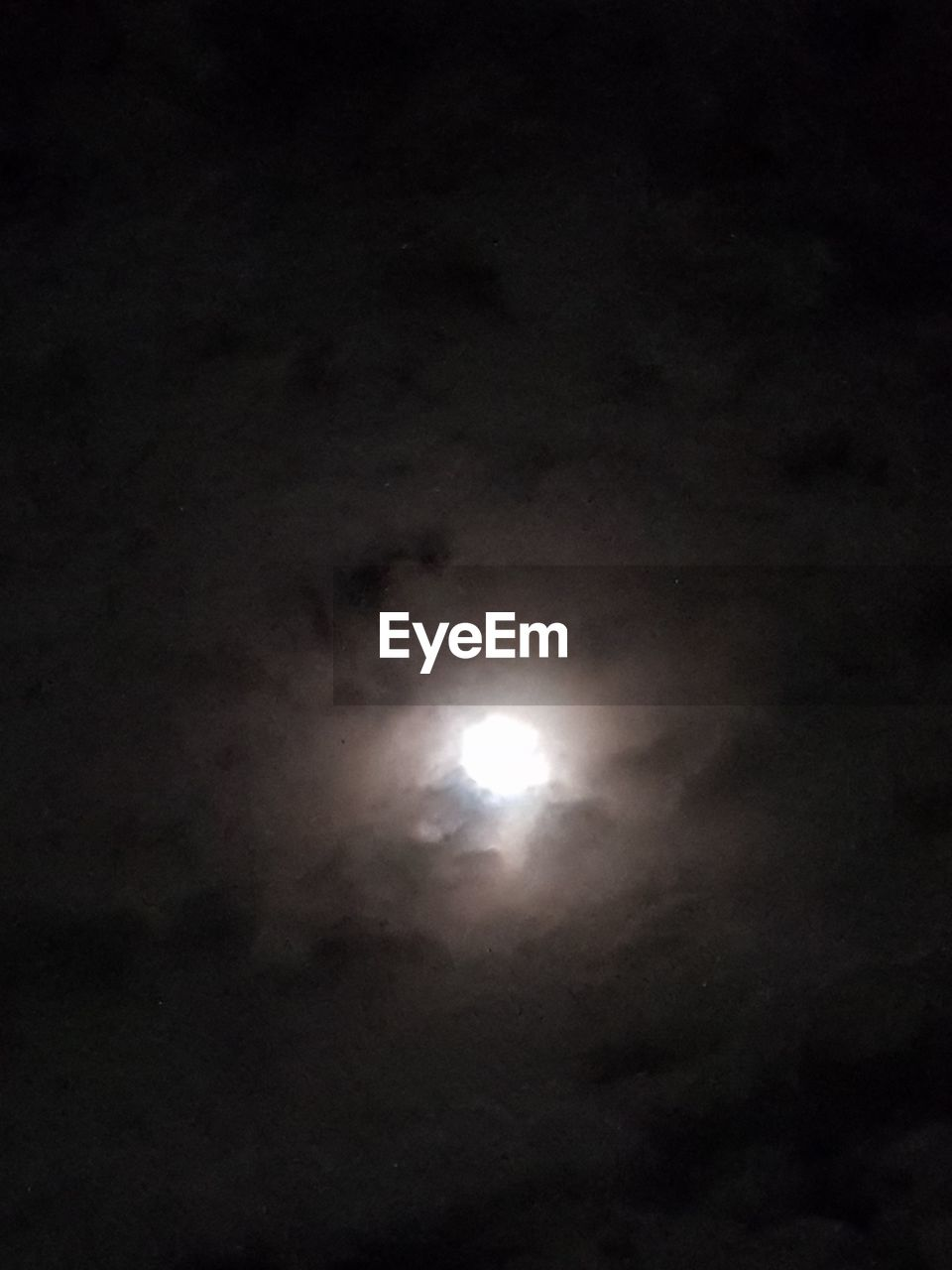 moon, night, nature, beauty in nature, scenics, astronomy, tranquility, dark, low angle view, no people, sky, outdoors, moonlight, illuminated, space