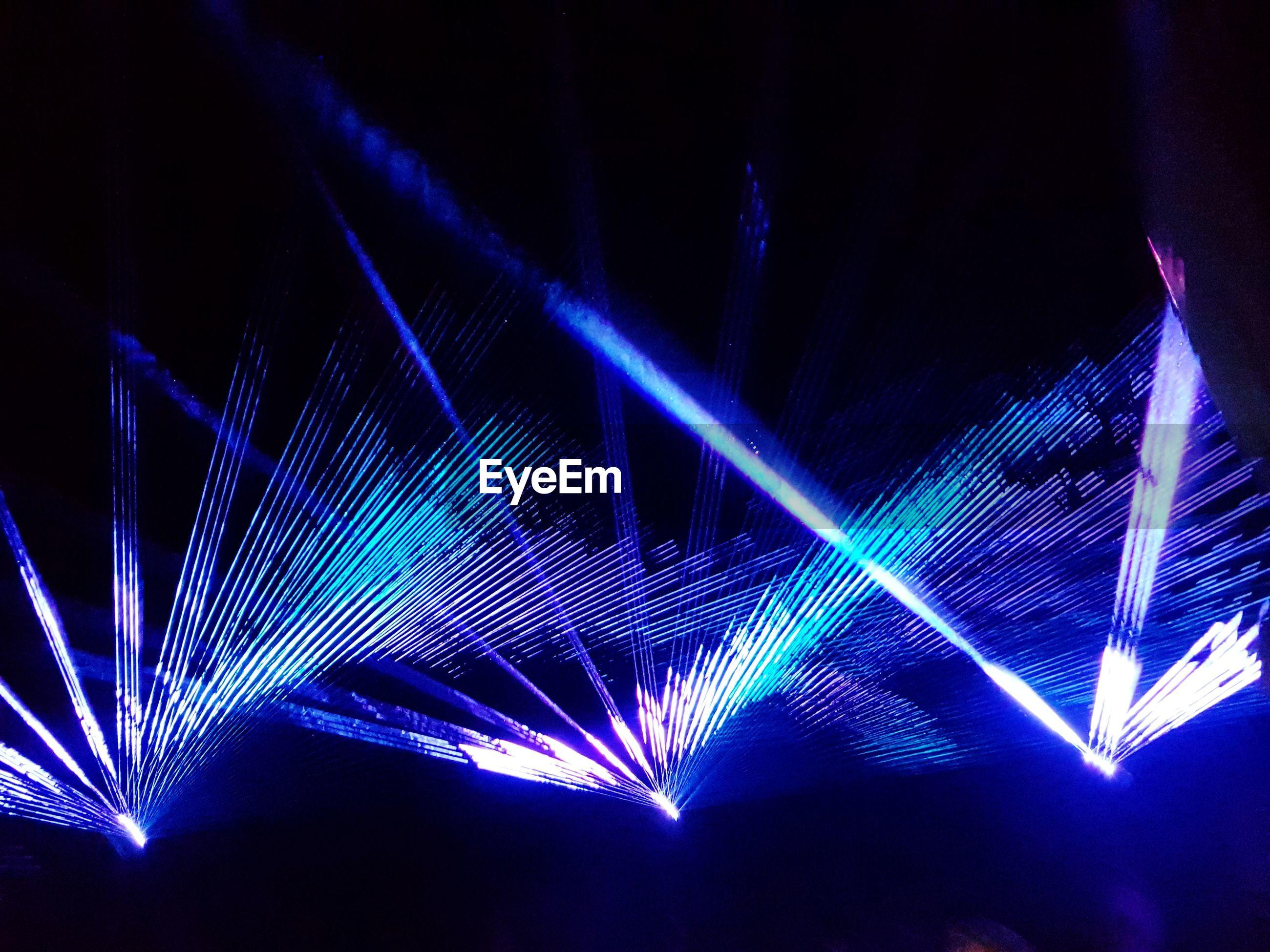 Light beams in nightclub