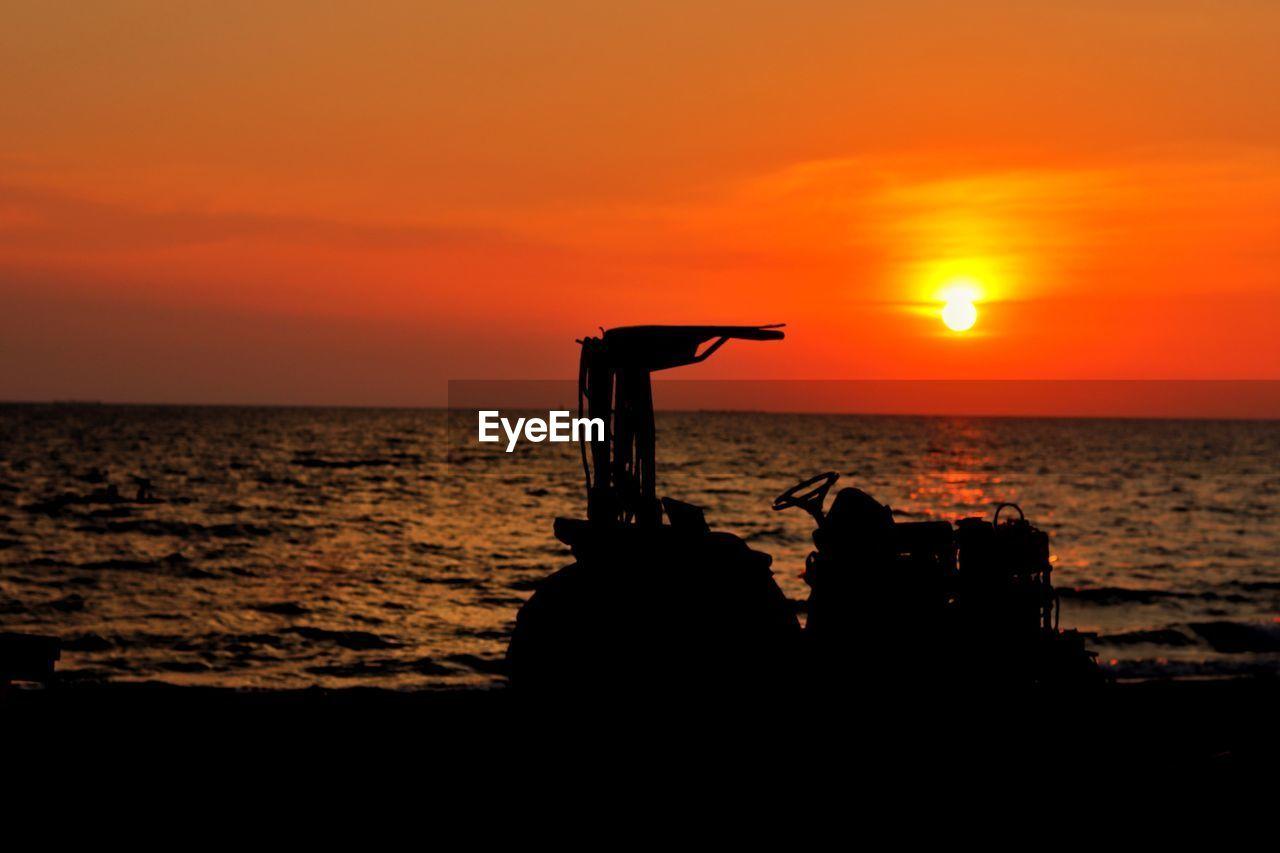 sunset, sky, sea, water, orange color, silhouette, scenics - nature, beauty in nature, horizon, horizon over water, tranquility, tranquil scene, sun, idyllic, land, nature, beach, non-urban scene, outdoors