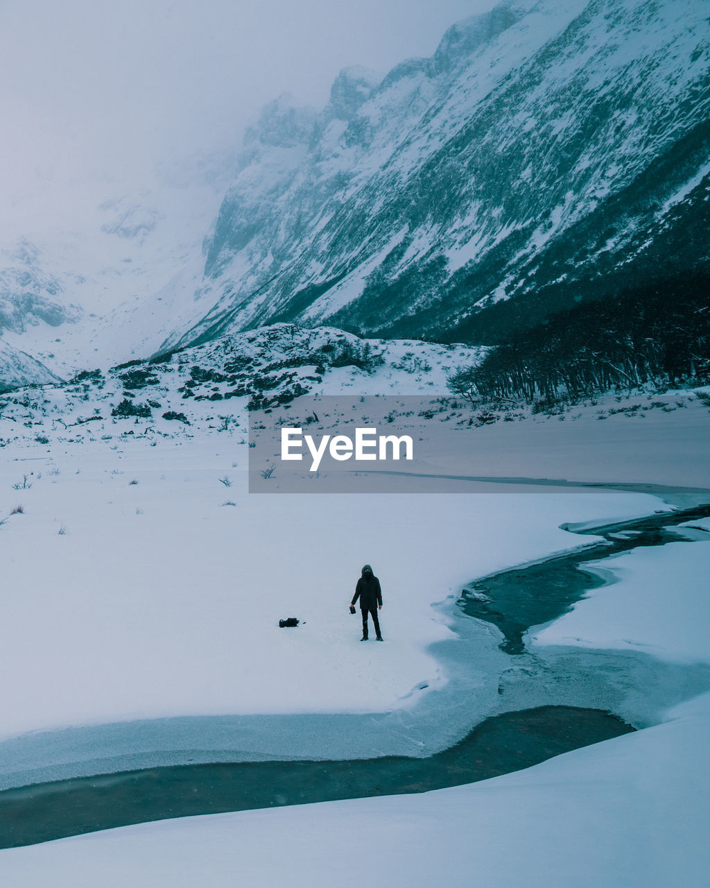HIGH ANGLE VIEW OF PERSON IN A MOUNTAIN