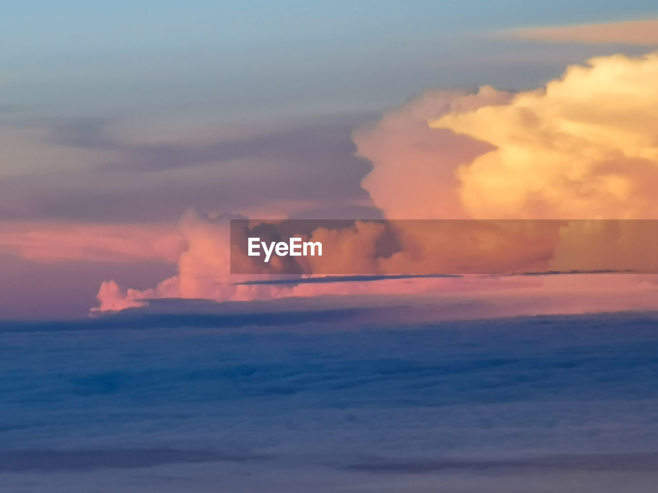 sky, cloud - sky, sunset, beauty in nature, scenics - nature, sea, tranquility, tranquil scene, horizon over water, orange color, horizon, nature, no people, water, idyllic, dramatic sky, outdoors, waterfront