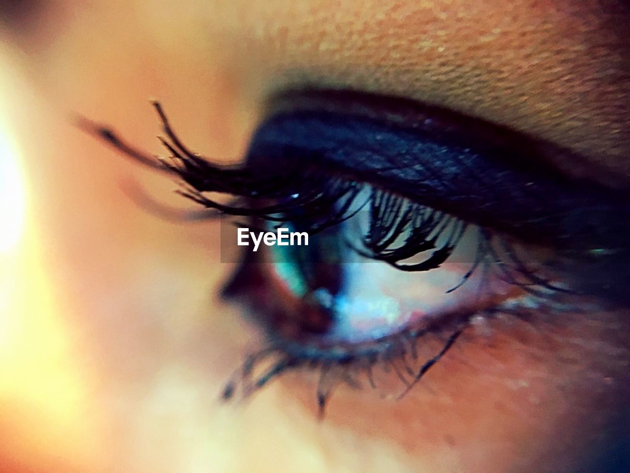 human eye, eyelash, human body part, eyesight, real people, sensory perception, close-up, one person, macro, human skin, eyeball, iris - eye, eyebrow, beautiful woman, women, outdoors, day, people
