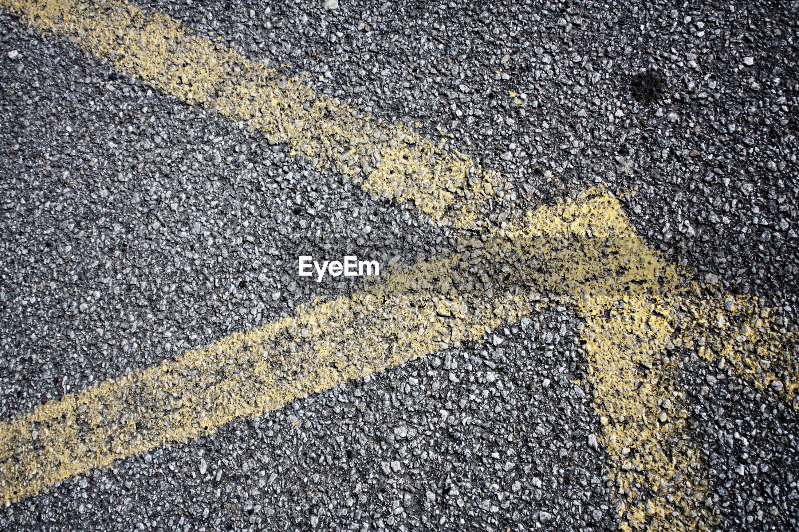 FULL FRAME SHOT OF STREET